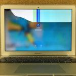 流山市のパソコン修理 MacBook Airの画面割れ
