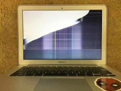 MacBook Air 画面割れ