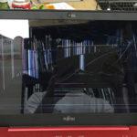 富士通 AH45/B2のパソコン修理 画面割れ