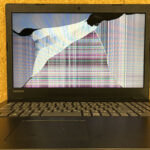 Lenovo Ideapad 330-15IKBの液晶割れ 修理・買取