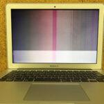 MacBook Air 画面に白い線