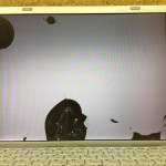 Panasonic CF-W7の画面割れを自分で治す方法