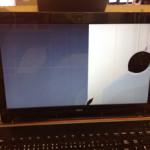 NECのパソコン画面割れや表示不良を格安に直します!